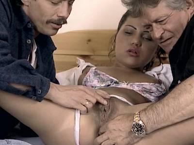 Cubanische junge Mutter Fickt in deutsch Bordells