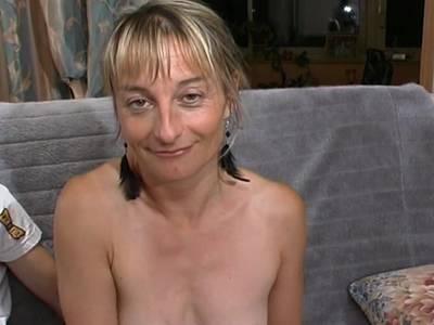 Geiler Fick mit Ehefrau. Hardcore Sex mit reife Frau
